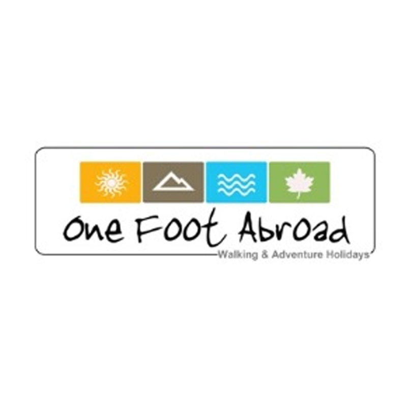 Logo one foot abroad
